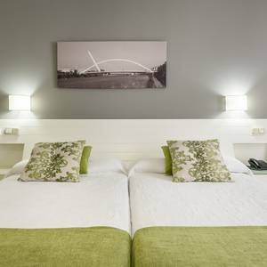 Corporate single room Hotel ILUNION Alcora Sevilla Seville