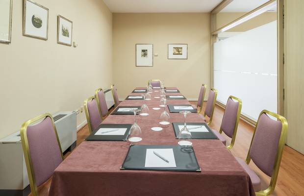 BUSINESS CENTER Hotel ILUNION Alcora Sevilla Seville